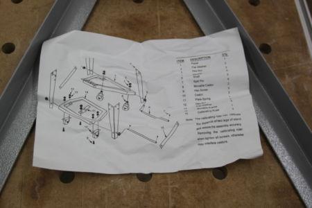 Aufbauanleitung des Untergestells